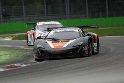 #88 Garage 59 McLaren 650 S GT3 2015: Alexander West, Côme Ledogar