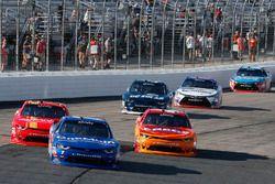 Elliott Sadler, JR Motorsports Chevrolet, Justin Allgaier, JR Motorsports Chevrolet, Kyle Larson, Ch