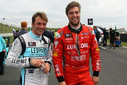 Jean-Karl Vernay Volkswagen Golf GTI TCR Leopard Racing, Pepe Oriola, SEAT Leon, Craft Bamboo Racing