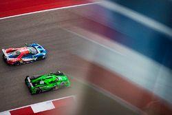 #66 Ford Chip Ganassi Racing Team UK Ford GT: Olivier Pla, Stefan Mücke, #30 Extreme Speed Motorsports Ligier JS P2 - Nissan: Scott Sharp, Ed Brown, Johannes van Overbeek