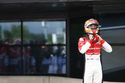 Derde plaats Charles Leclerc, ART Grand Prix in parc ferme