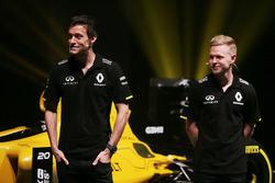 Jolyon Palmer, Renault Sport F1 Team et Kevin Magnussen, Renault Sport F1 Team