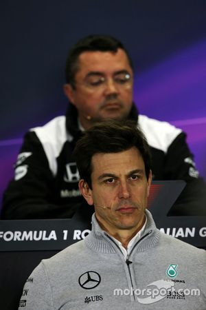Toto Wolff, Directeur Exécutif Mercedes AMG F1 lors de la conférence de presse