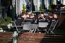 Renault Sport F1 Team team meeting