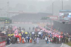Heavy rain falls on the grid