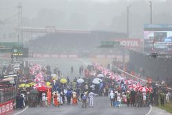 Heavy rain falls on the grid