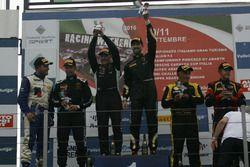 Gara 1 podio GtCup, Benvenuti-De Marchi (Imperiale Racing,Lamborghini Gallardo GTCup #146), Carboni-