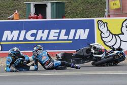 Jorge Navarro, Estrella Galicia 0,0 en Andrea Migno, Sky Racing Team VR46 crash