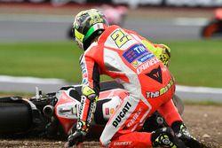 Andrea Iannone, Ducati Team crash
