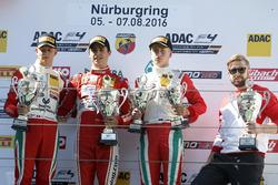 Podium: Sieger Thomas Preining, Lechner Racing ; 2. Mick Schumacher, Prema Powerteam; Juri Vips, Pre