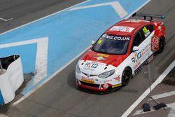 Ashley Sutton, Triple Eight Racing