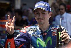 2. Jorge Lorenzo, Yamaha Factory Racing im Parc Ferme