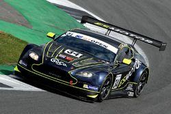 #34 TF Sport, Aston Martin V12 Vantage GT3: Salih Yoluc, Euan Hankey
