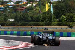Funkenflug: Nico Rosberg, Mercedes AMG F1 W07 Hybrid