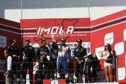 Podio GTCup Gara 2: al secondo posto Curti-Curti, Ebimotors, i vincitori Carboni-Durante, Drive Tech