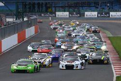 #16 GRT Grasser Racing Team, Lamborghini Huracan GT3: Jeroen Bleekemolen, Mirko Bortolotti, Rolf Ine