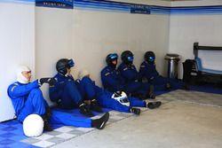Algarve Pro Racing mechanics