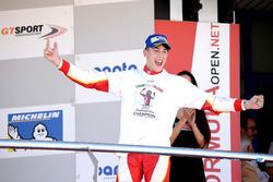 Podium: Champion Leonardo Pulcini, Campos Racing