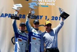 #60 Michael Shank Racing with Curb/Agajanian Ligier JS P2 Honda : John Pew, Oswaldo Negri, vainqueurs