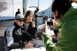 Nico Hulkenberg, Sahara Force India F1 with fans