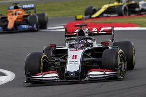 Romain Grosjean, Haas VF-20, Carlos Sainz Jr., McLaren MCL35, and Daniel Ricciardo, Renault F1 Team R.S.20