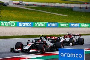 Кевин Магнуссен, Haas VF-20, Кими Райкконен, Alfa Romeo Racing C39