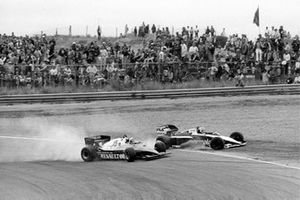 Crash: Alain Prost, Renault RE40, Nelson Piquet, Brabham BT52B