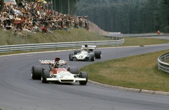 Jean-Pierre Beltoise, BRM P160C, Mike Hailwood, Surtees TS9B Ford