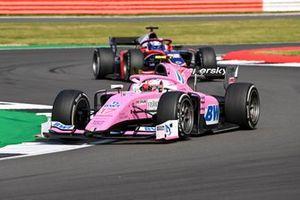 Giuliano Alesi, BWT HWA Racelab, leads Roy Nissany, Trident