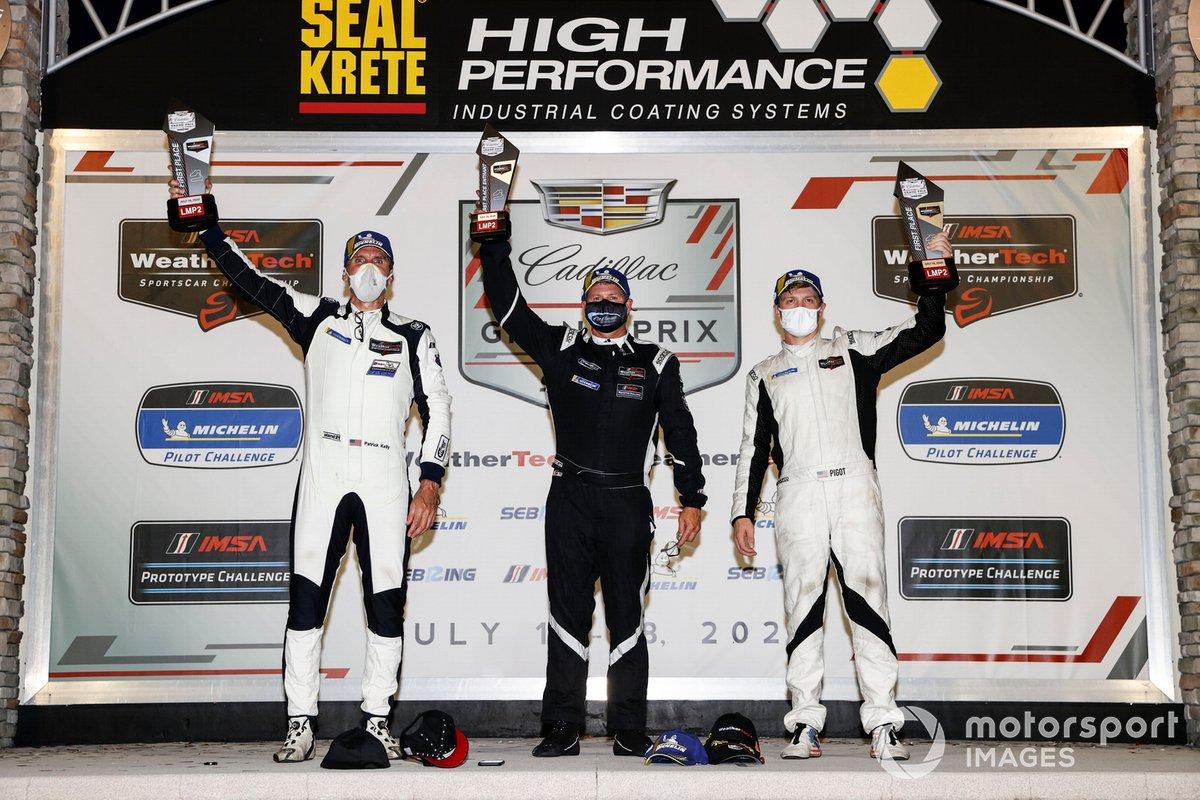 #52 PR1 Mathiasen Motorsports ORECA LMP2 07, LMP2: Patrick Kelly, Spencer Pigot, podio