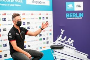 Andre Lotterer, Porsche, in the press conference