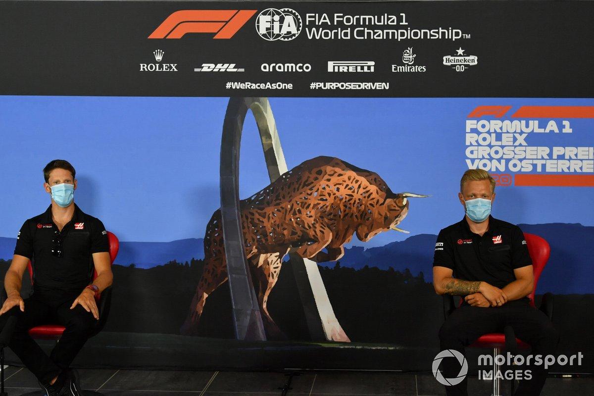 Romain Grosjean, Haas F1 Team and Kevin Magnussen, Haas F1 Team
