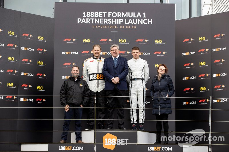 Presentazione 188Bet con Ross Brawn, Amministratore delegato degli sport motoristici, FOM and Paul di Resta