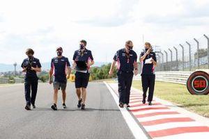 Sergio Perez, Racing Point, cammina in pista