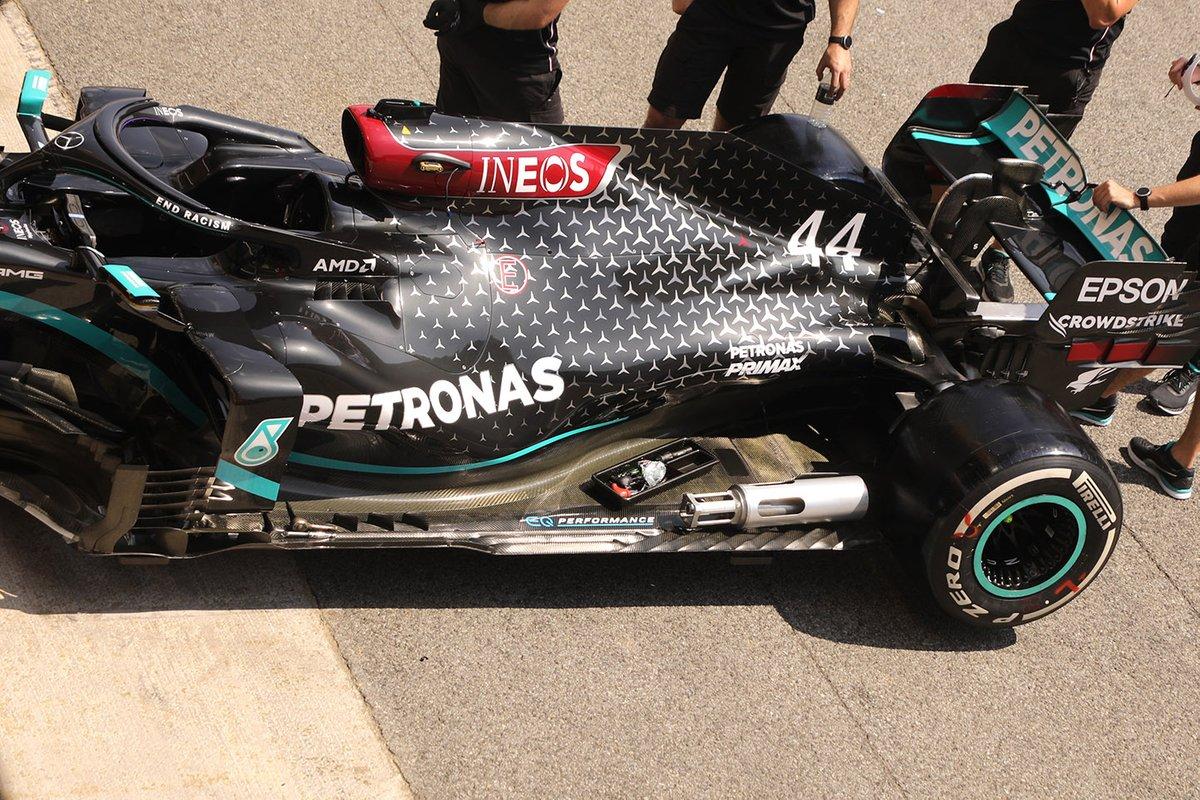 Detalle lateral trasero del Mercedes F1 W11