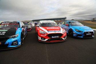 Rory Butcher, Motorbase Performance Ford Focus y Senna Proctor, Excelr8 Motorsport Hyundai i30 Fastback N Performance