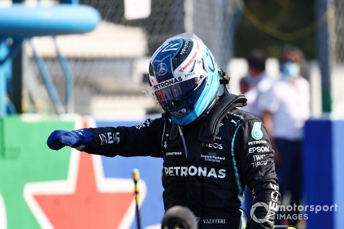 Ganador de la carrera sprint Valtteri Bottas, Mercedes