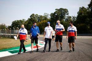 Mick Schumacher, Haas VF-21 track walk