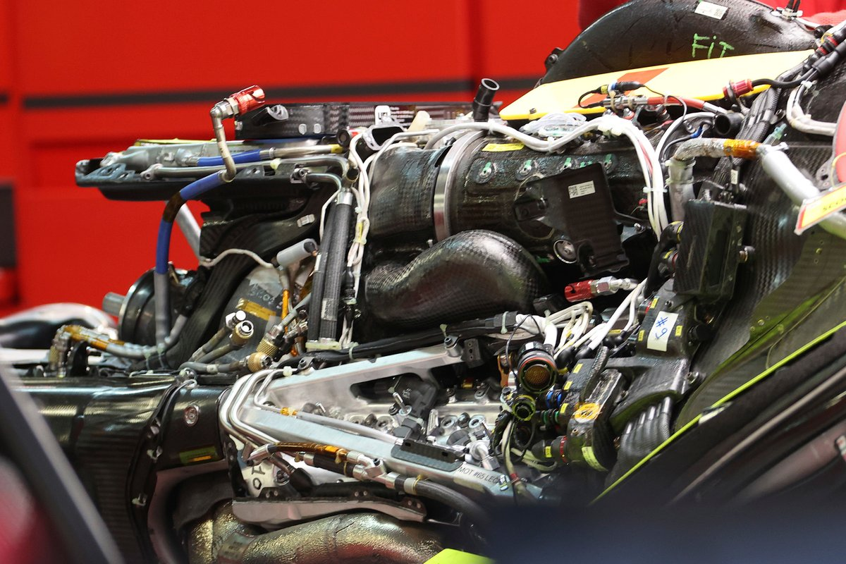 Motor del Ferrari SF21