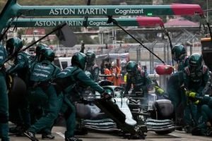 Lance Stroll, Aston Martin AMR21, makes a pit stop