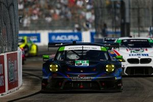 #34: GMG Racing Porsche 911 GT3R, GTD: James Sofronas
