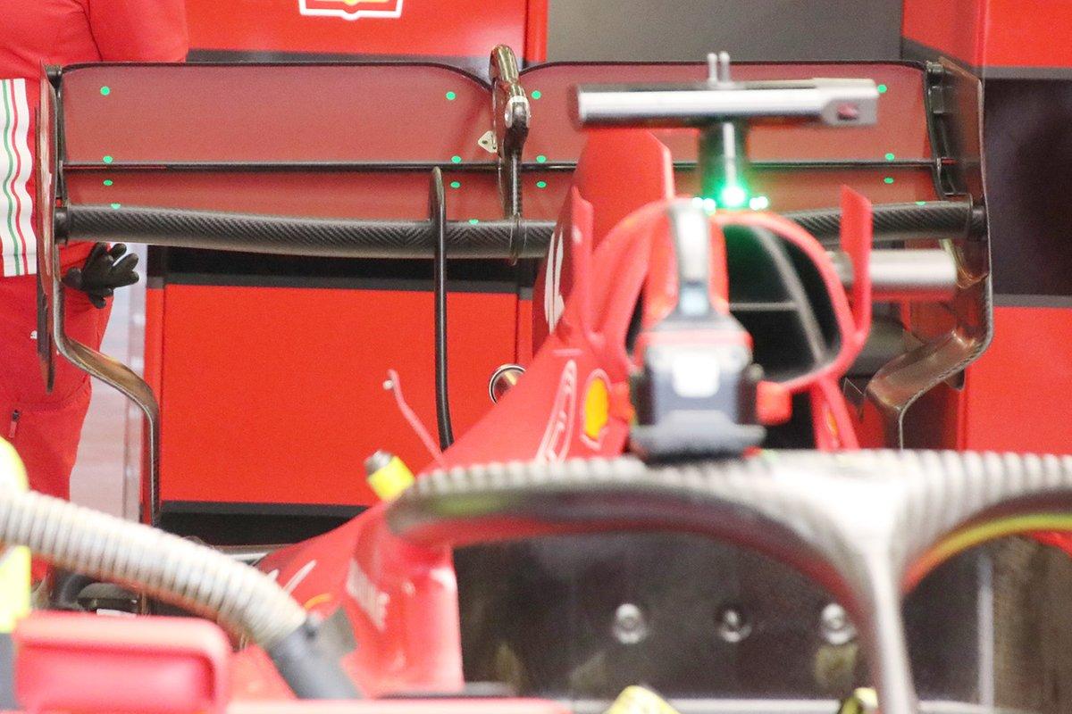 Detalle del alerón trasero del Ferrari SF21