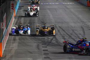 Antonio Felix Da Costa, DS Techeetah, DS E-Tense FE21, Jake Dennis, BMW i Andretti Motorsport, BMW iFE.21