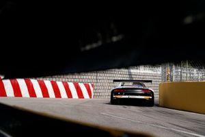 #31 Audi Sport Team Rutronik Audi R8 LMS: Kelvin van der Linde
