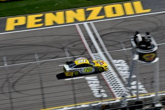 Ryan Blaney, Team Penske, Ford Mustang Menards/Pennzoil, Pennzoil Activation