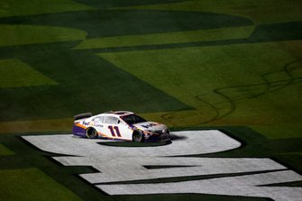 Denny Hamlin, Joe Gibbs Racing, Toyota Camry FedEx Express, burnout