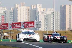 #91 Porsche GT Team Porsche 911 RSR - 19: Gianmaria Bruni, Richard Lietz, #8 Toyota Gazoo Racing Toyota TS050 - Hybrid: Sébastien Buemi, Kazuki Nakajima, Brendon Hartley