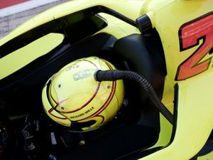 Simon Pagenaud, Team Penske Chevrolet, cooling tube, helmet cooler, scoop