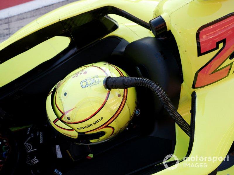 Simon Pagenaud, Team Penske Chevrolet, cooling tube, helmet cooler, scoop