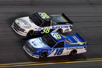 Todd Gilliland, Front Row Motorsports, Ford F-150 Black's Tire, Tanner Gray, DGR-Crosley, Ford F-150 Ford | Ford Performance